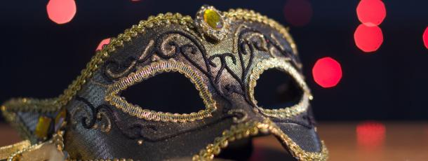 Masque de théâtre à la FSCF