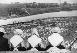 Le concours d'éducation physique féminin de 1941