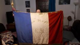 Un des 2 drapeaux de l'Union Meusienne spécifiquement RSF (Rayon Sportif Féminin)