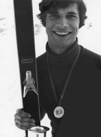 Portrait de Jean-Yves Parpette, victorieux lors du championnat fédéral de si des 23 et 24 janvier 1971 à Albiez-le-Vieux (Savoie)