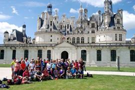 groupe randonneurs devant château de Chambord